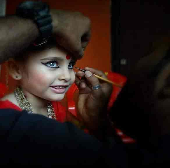 ... Service - Shashank S Desai Makeup Artist Photos, Andheri East, Mumbai - Women Beauty