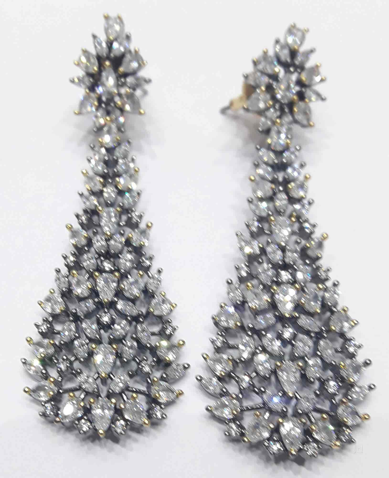 new lot fancy attractive earrings sold sothebys pair and diamond at artemis s sotheby apollo diamonds auction record pink a geneva the world ring for sets of