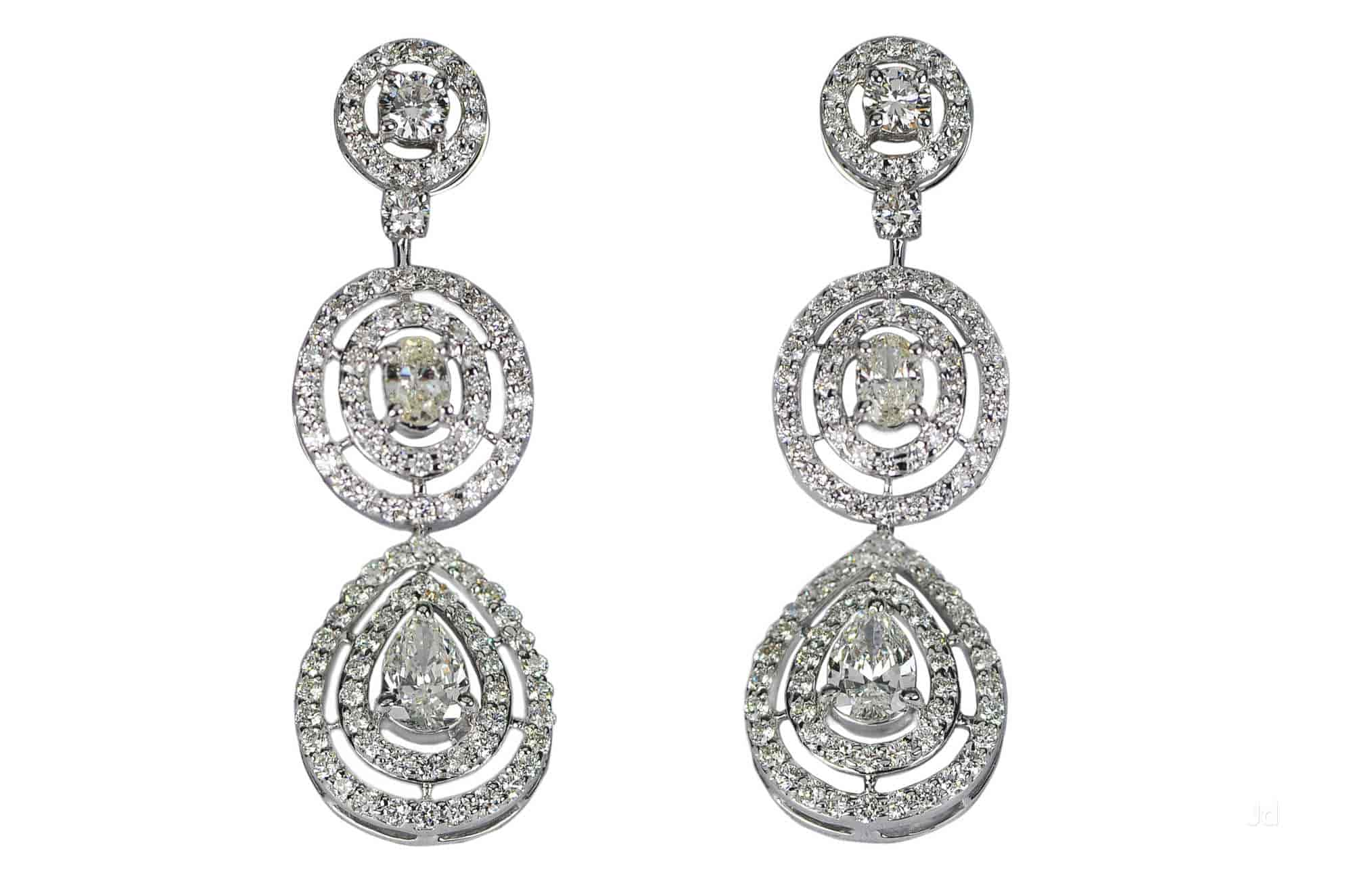 fortune auction diamond sotheby earrings sell for artemis s pink blue apollo at million