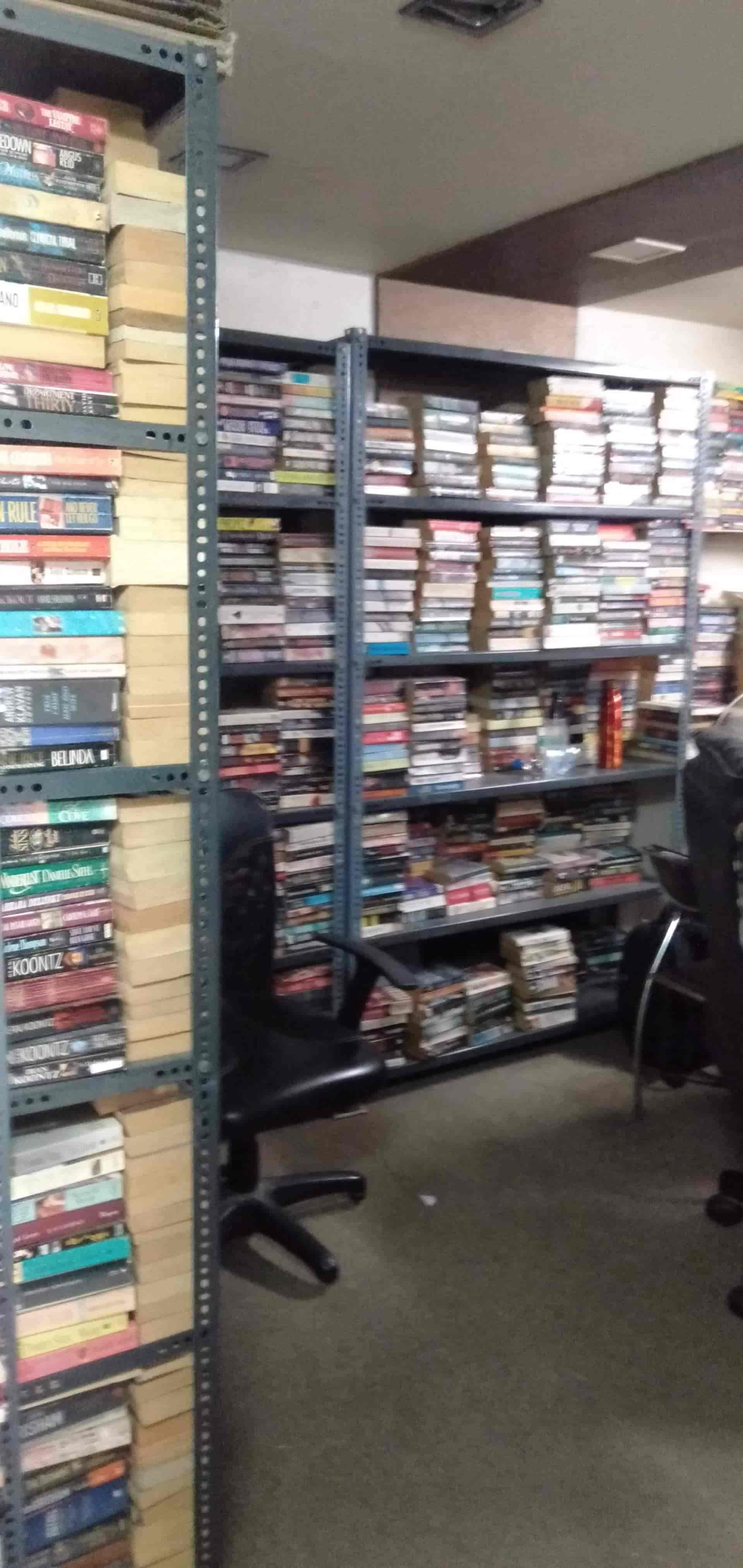 Guru Krupa Circulating Library, Borivali West - Libraries in Mumbai