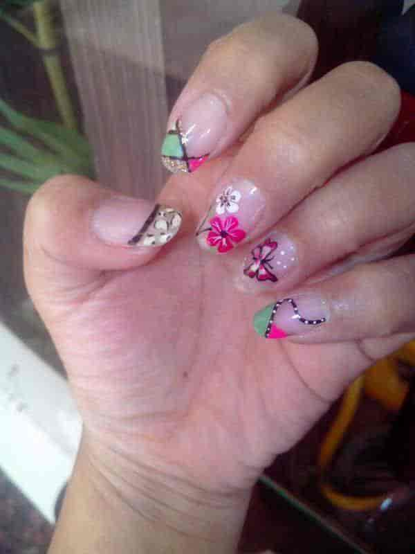 Nail Spa Experience Photos Khar West Mumbai Pictures Images