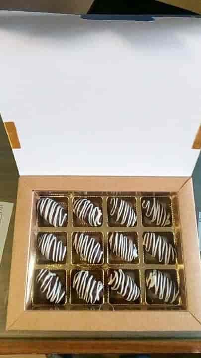 Mer Konfekt, Breach Candy - Bakeries in Mumbai - Justdial