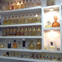 b0e1b26a3 ... Precious The Perfume Shop Photos, Goregaon West, Mumbai - Perfume  Dealers ...