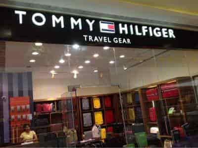 ... Front view of bag shop. - Tommy Hilfiger Travel Gare (R City Mall) ... d3baaac8bbaa
