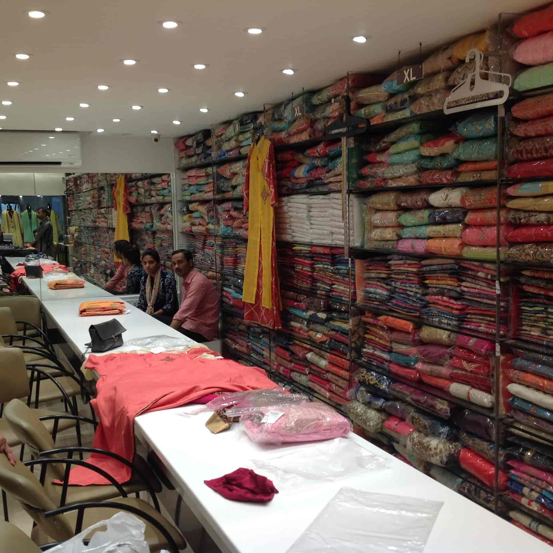 d34c6c954 ... Ghatkopar Cloth Store Next Photos, Ghatkopar East, Mumbai - Women Kurti  Retailers ...