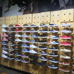 Vans, Lower Parel - Shoe Dealers in