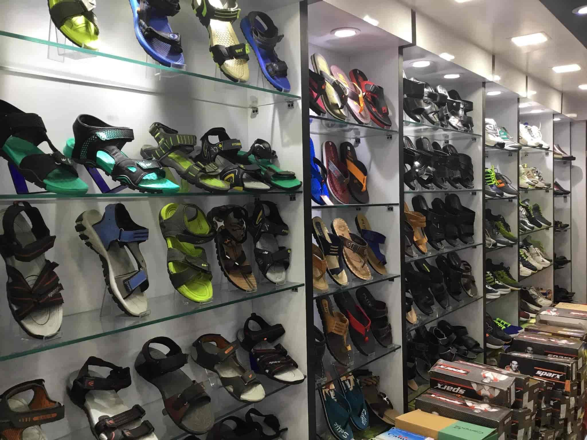 Shoe Station, Motijheel - Shoe Dealers