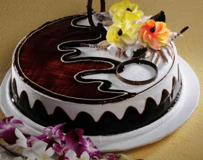 Monginis Cake Shop Cake Shops In Nadiad Justdial