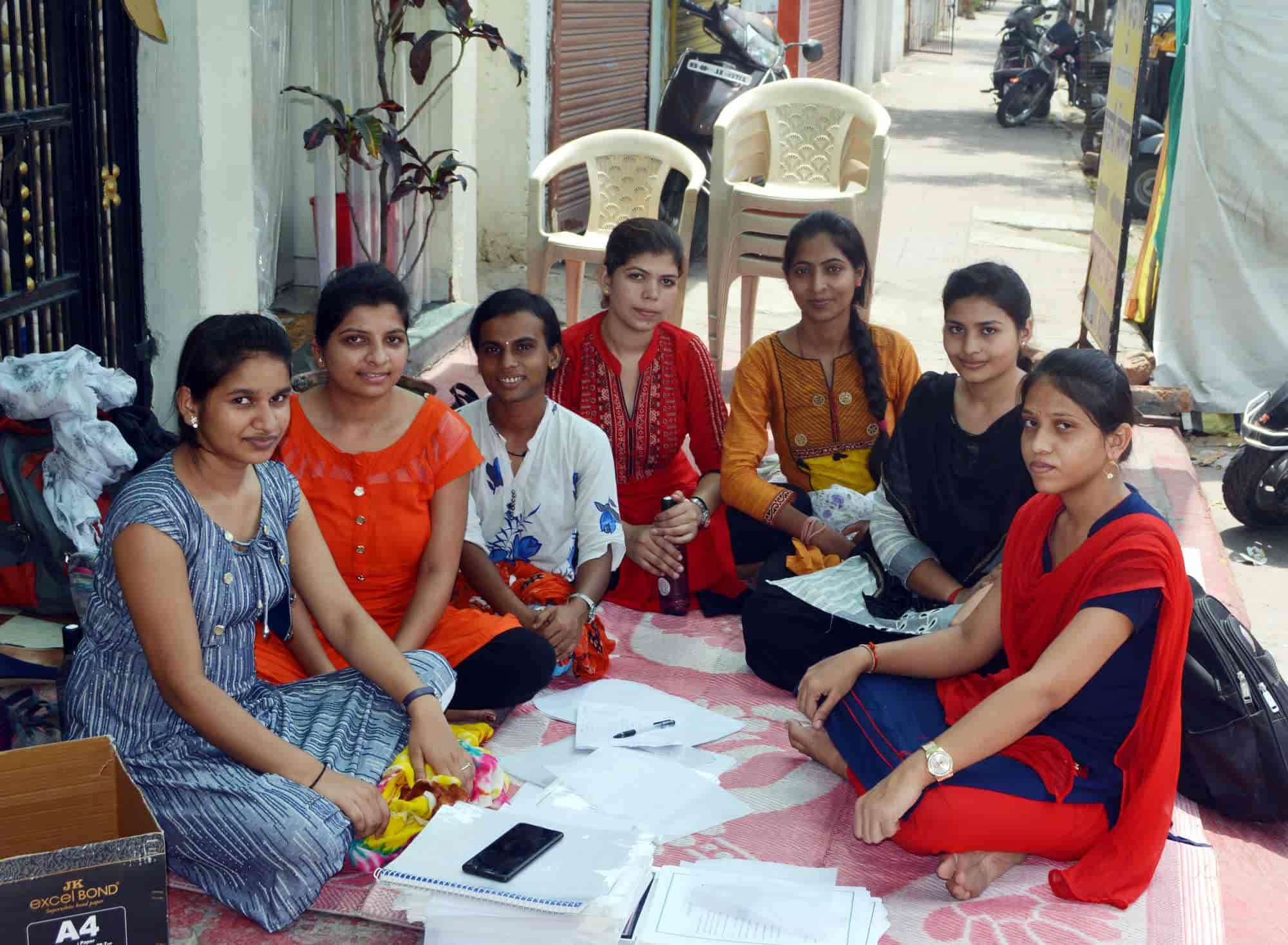 Y2k Computer Photos, Raghuji Nagar, Nagpur- Pictures