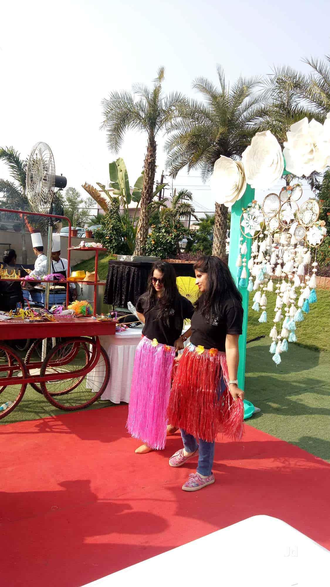 Rs Bg Creative Design Studio, Besa - Wedding Photographers