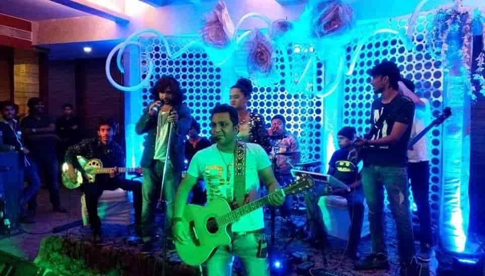 Vijay Gill Singer, Somalwada - Orchestra Bands in nagpur