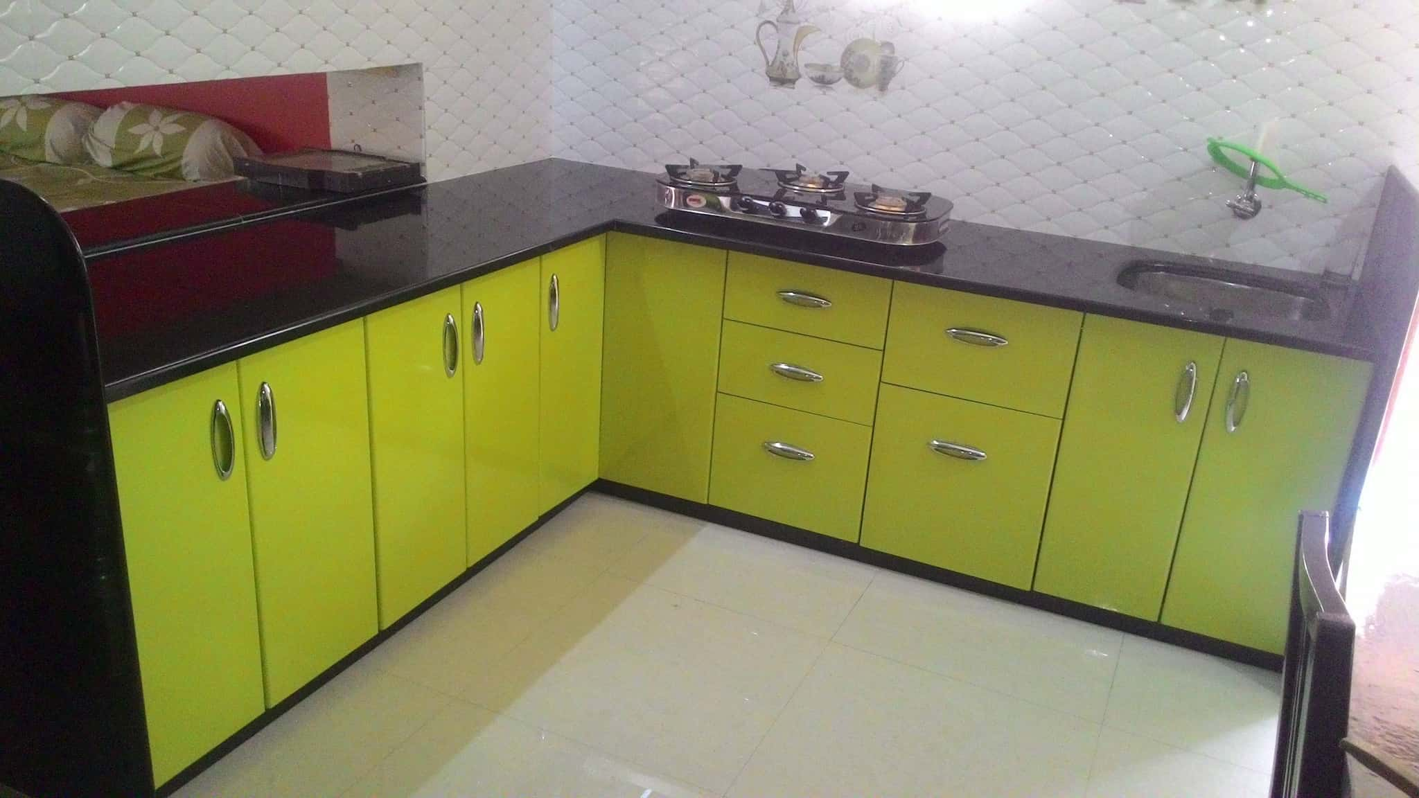 hs ncr in urban price l acrylic ucl laminate shape finish gloss casa neetu rs kitchen delhi hi modular kitchens