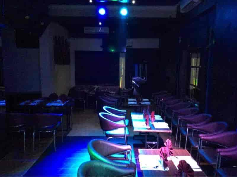 Ice Cube Restaurant And Pub Photos Sadar Bazar Nagpur Pictures