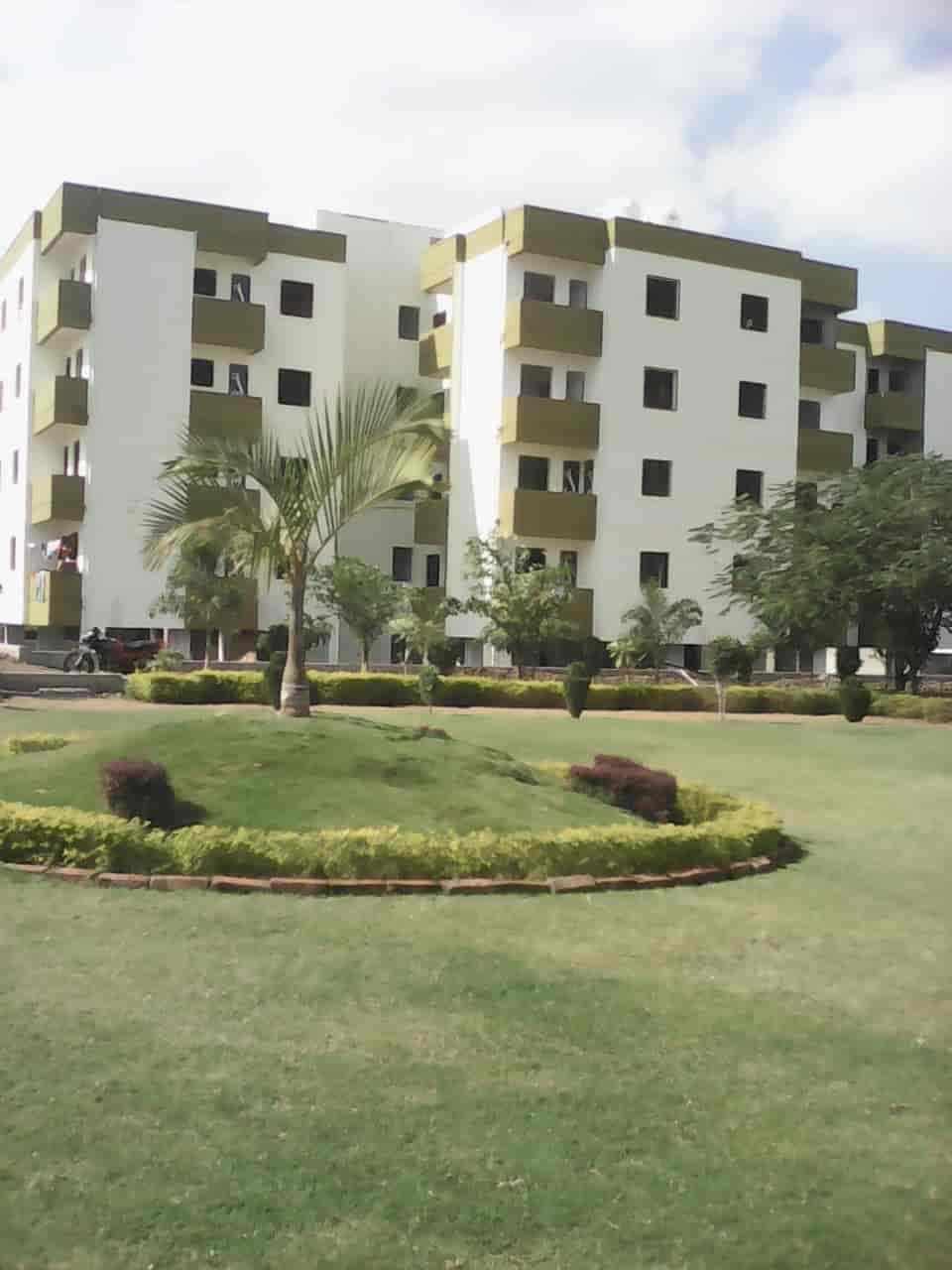 - Jayshree Infra Images, Gayatri Nagar, Nagpur - Builders & Developers