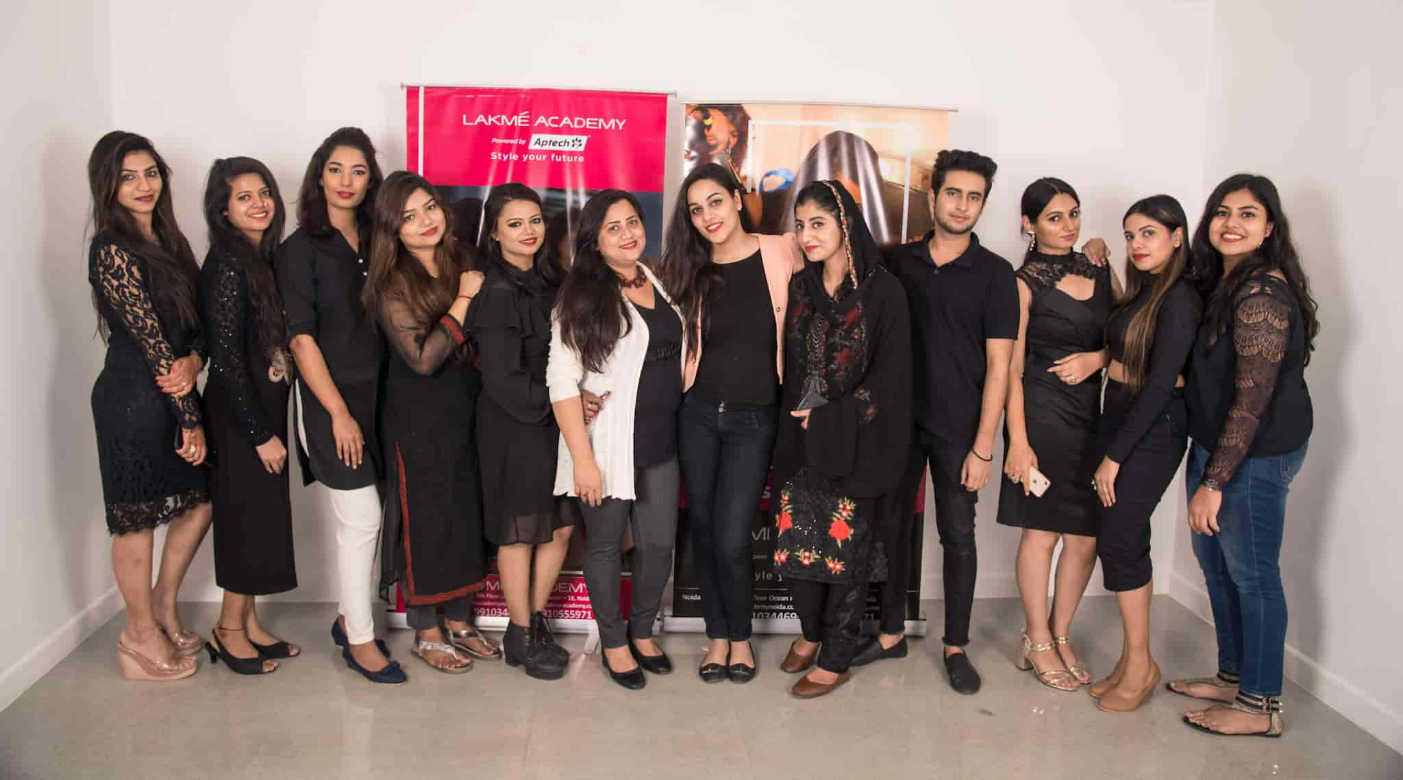 Lakme Academy, Sector 18 - Institutes For Make UP in Noida, Delhi