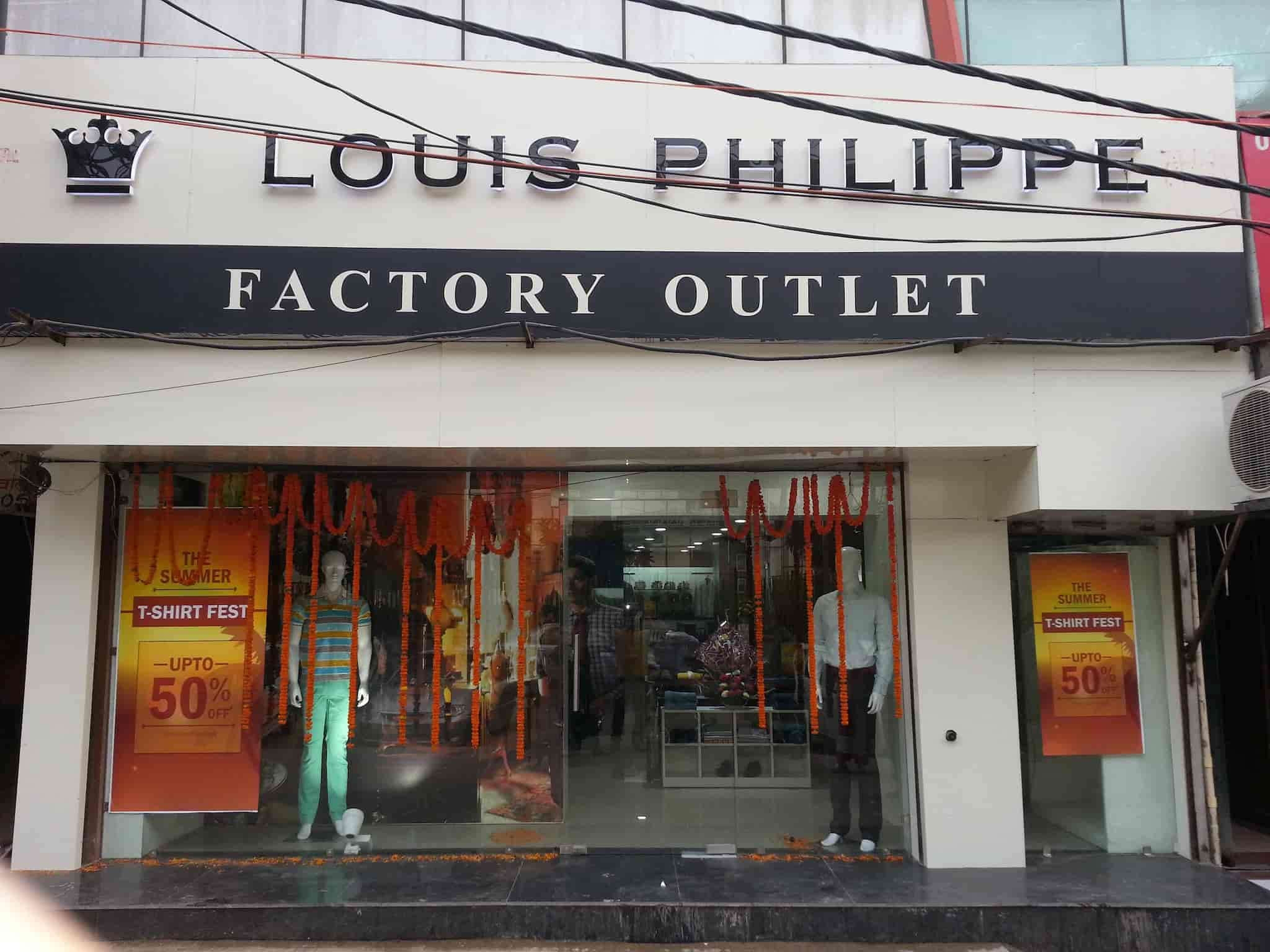 0421894fa8c Louis Philippe Factory Outlet Noida, Noida Sector 15 - Readymade ...