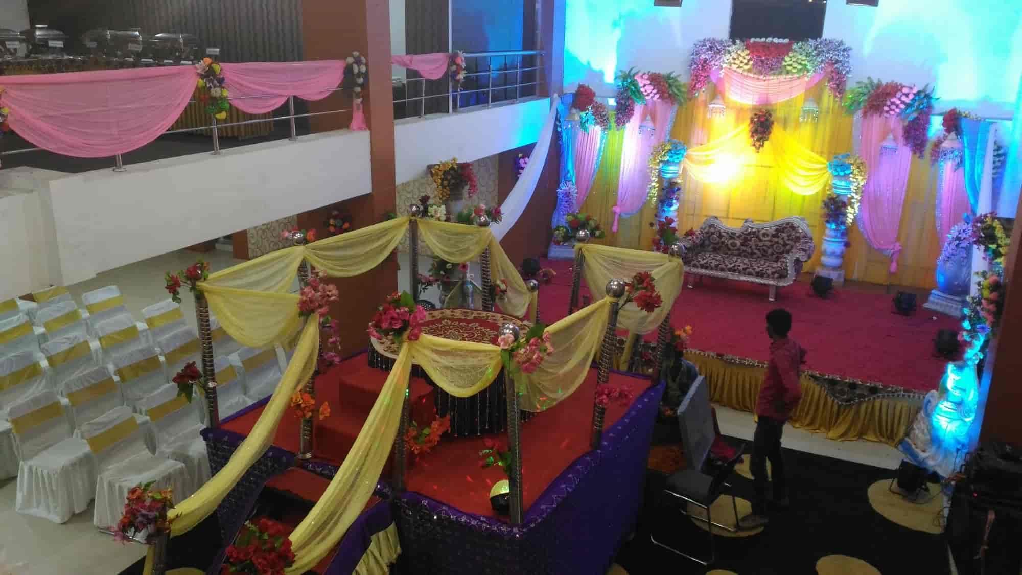 Hotel Grand Celebration M Kachhuara Hotels In Patna Justdial