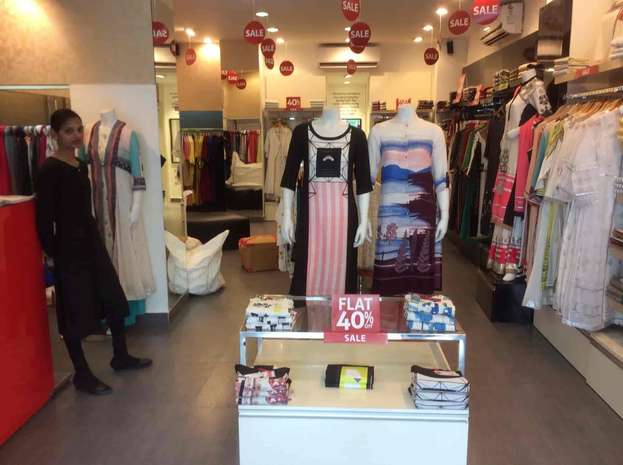 W Kurties Showroom Kankarbagh La s Readymade Garment Retailers