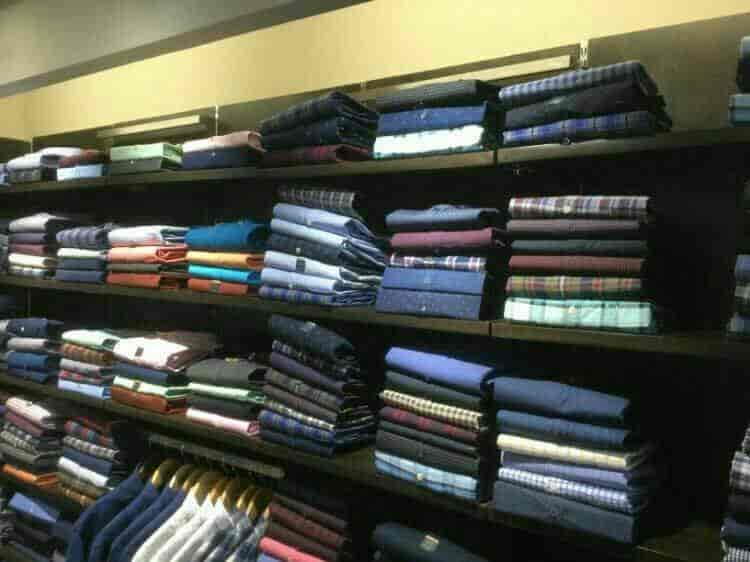 Monte Carlo Exclusive Showroom Kankarbagh Readymade Garment
