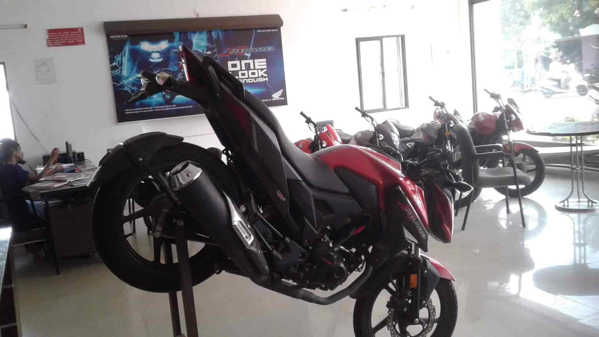 Mech Honda, Pattukottai Ho - Motorcycle Dealers-Honda in Pattukottai