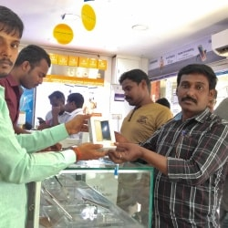 Cell Kings, Near Old Bus Stand - Mobile Phone Dealers in Pudukkottai