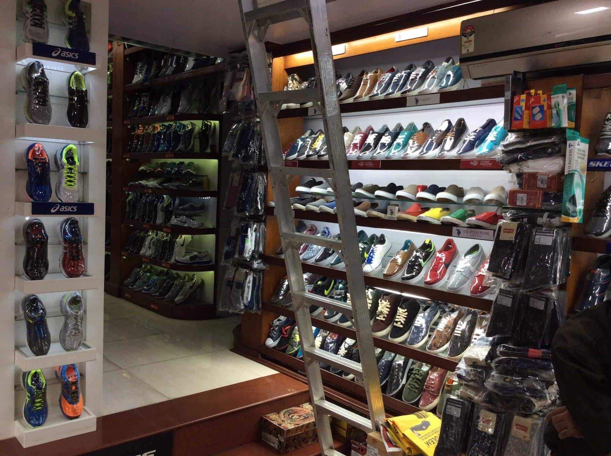 Mayur Shoes, Karve Road Kothrud - Mayura Shoes - Shoe Dealers in Pune -  Justdial