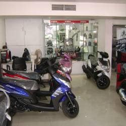 J Williams & Company, Bs Dhole Patil Road - Motorcycle Dealers