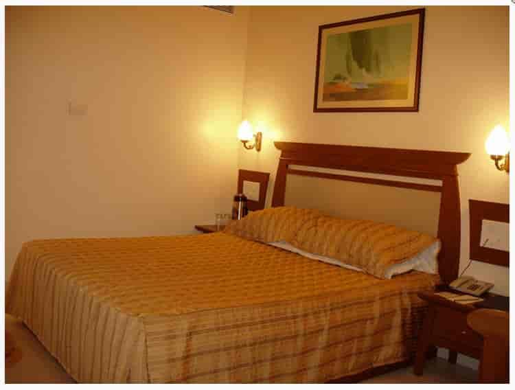 hotel sunndaram executive shukrawar peth sundaram hotel hotels