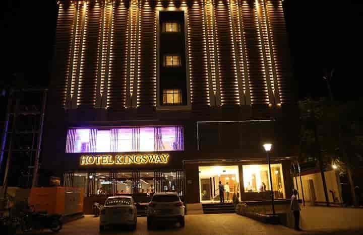 - Hotel Kingsway