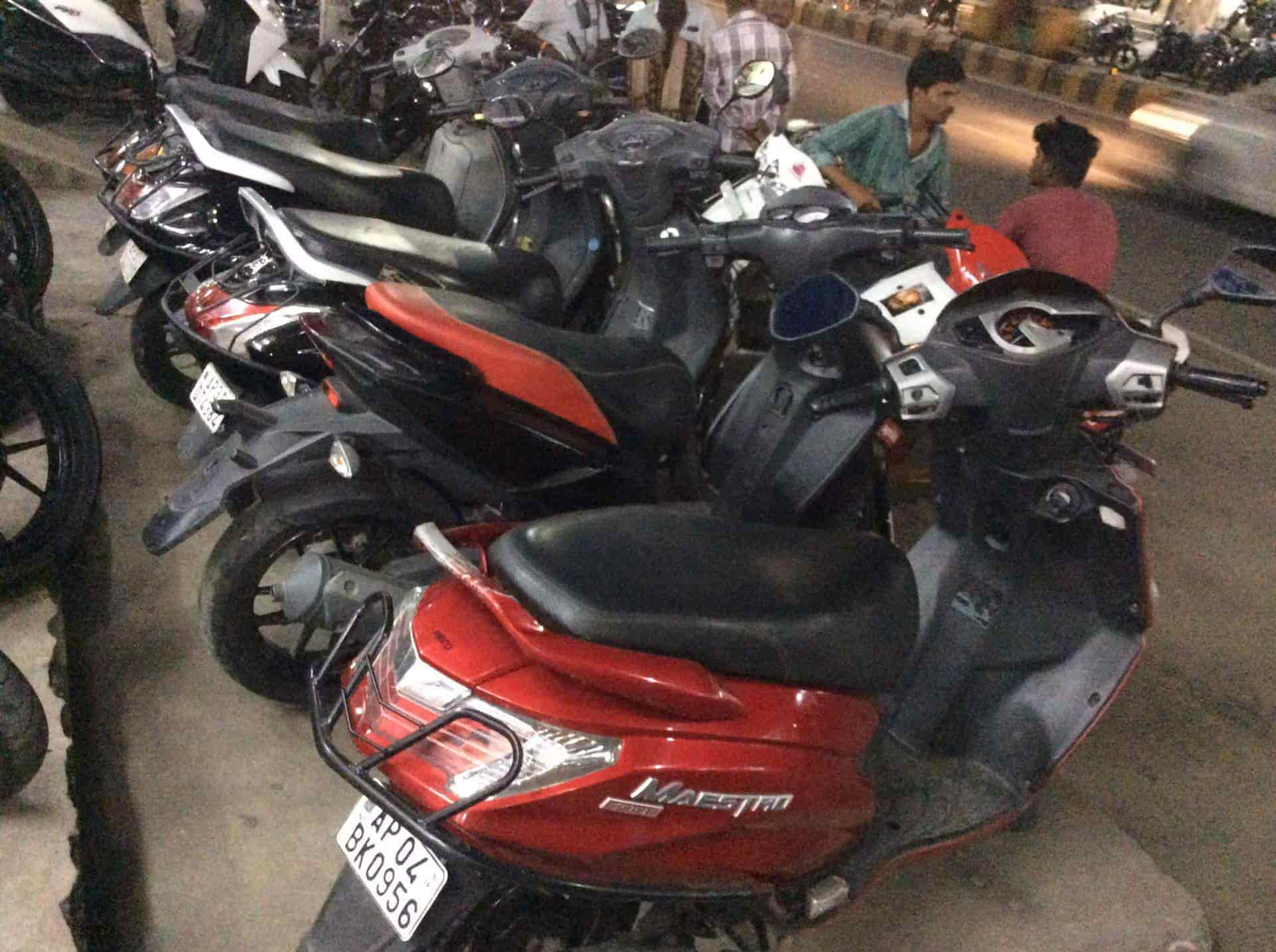 New Basha Bike Bazar Thadi Thota Second Hand Motorcycle Dealers