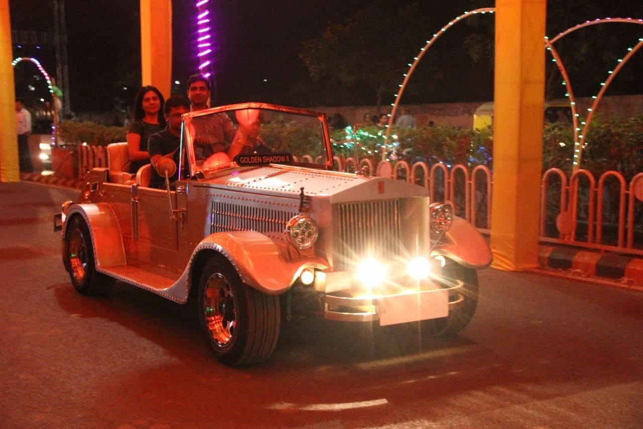 ROYAL Wedding CARS Photos, , Rajkot- Pictures & Images Gallery ...