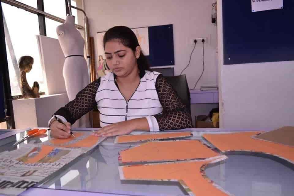Institute Of Fashion Jewellery Design Rajkot Raiya Road Fashion Designing Institutes In Rajkot Justdial