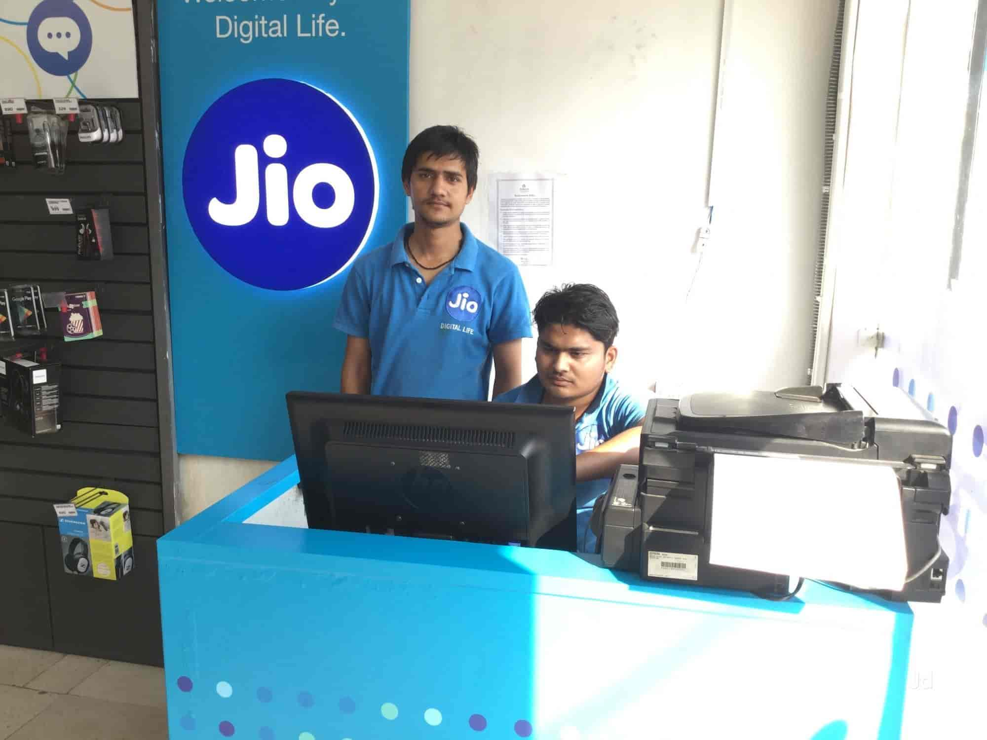 Reliance Jio Store, Nehru Nagar - TV Dealers in Roorkee