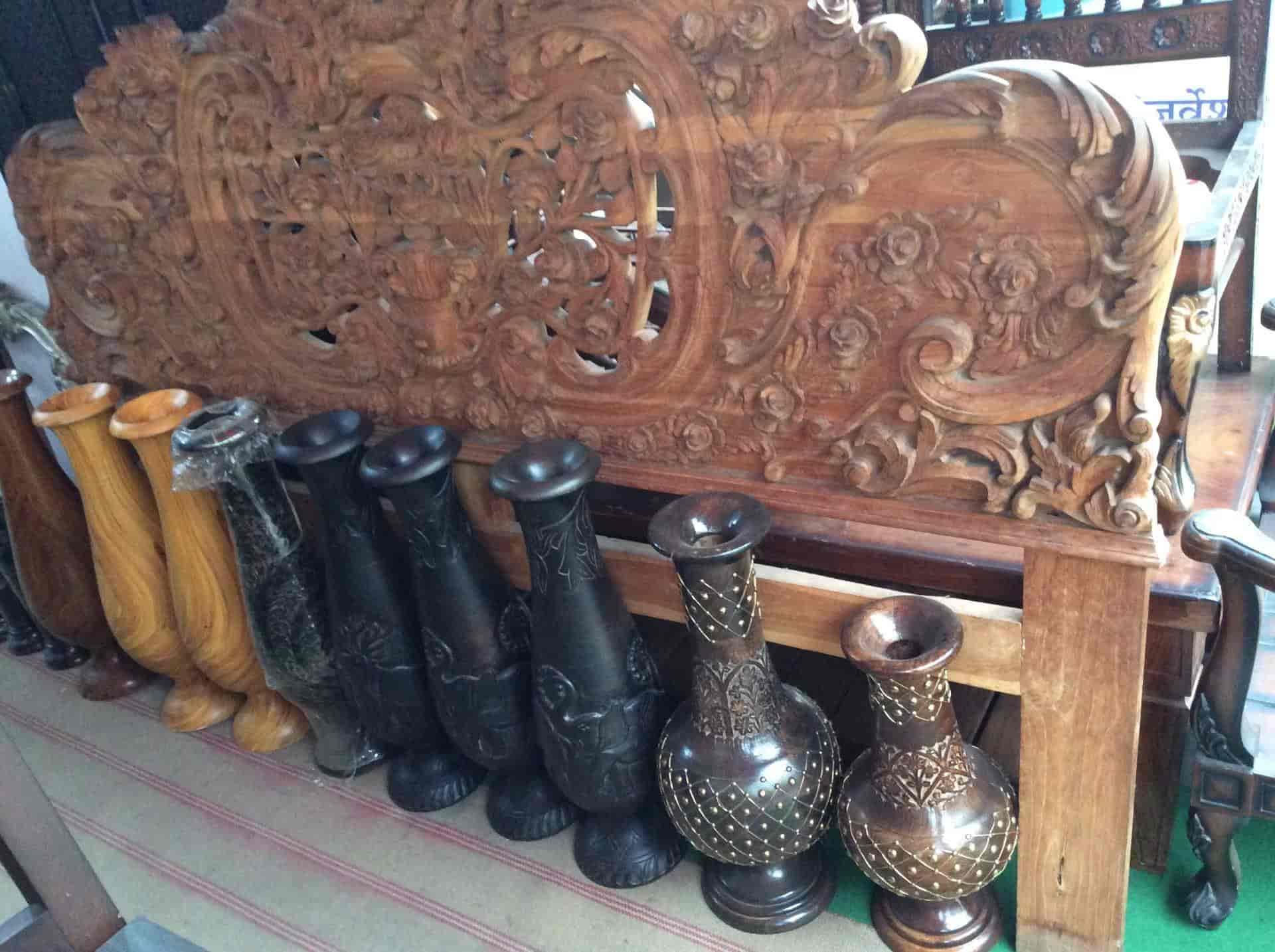 Hashmi Wood Handicrafts Handicraft Item Dealers In Saharanpur