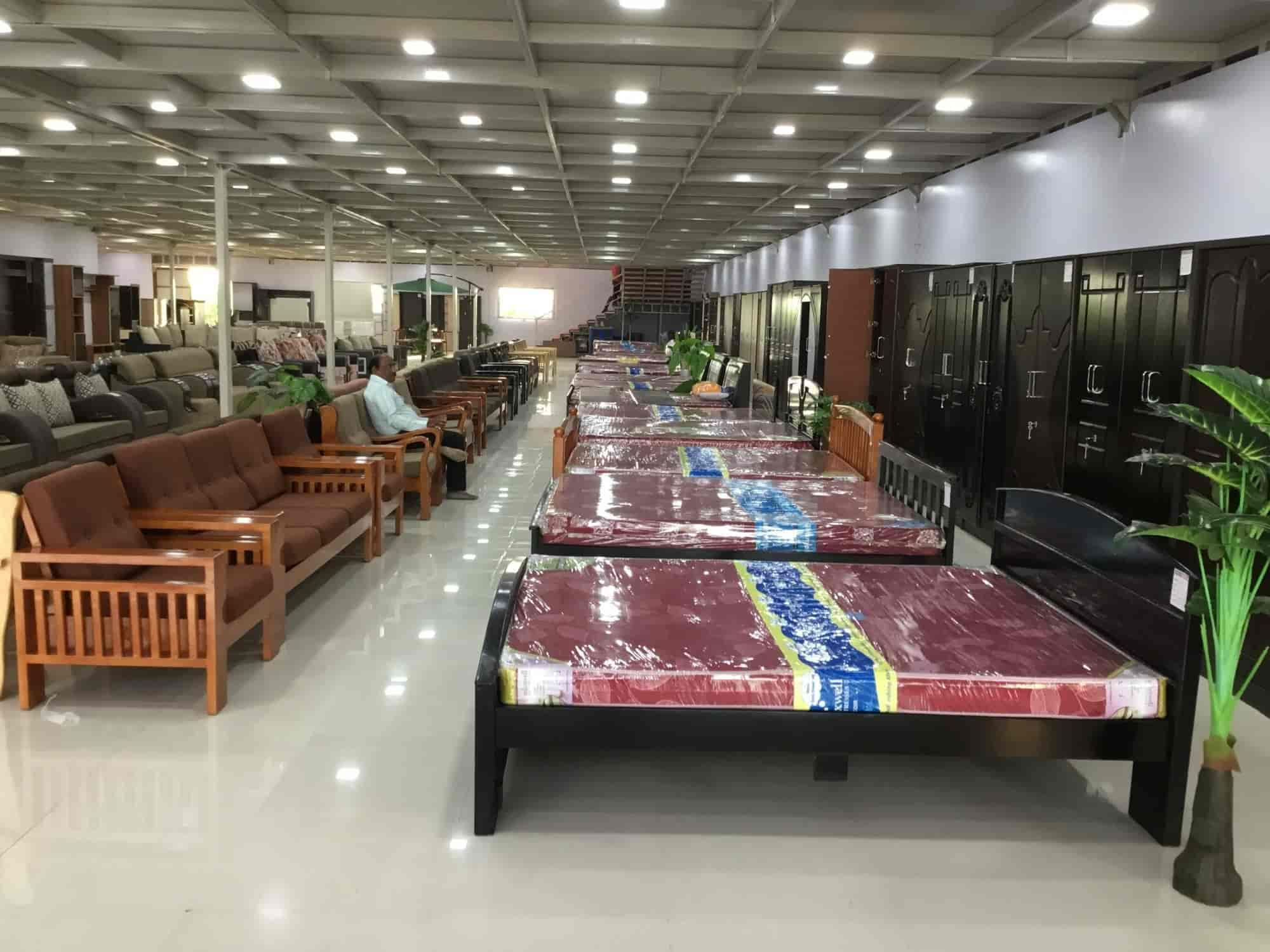 Lucky Furniture Mall Vishrambag Furniture Manufacturers In Sangli