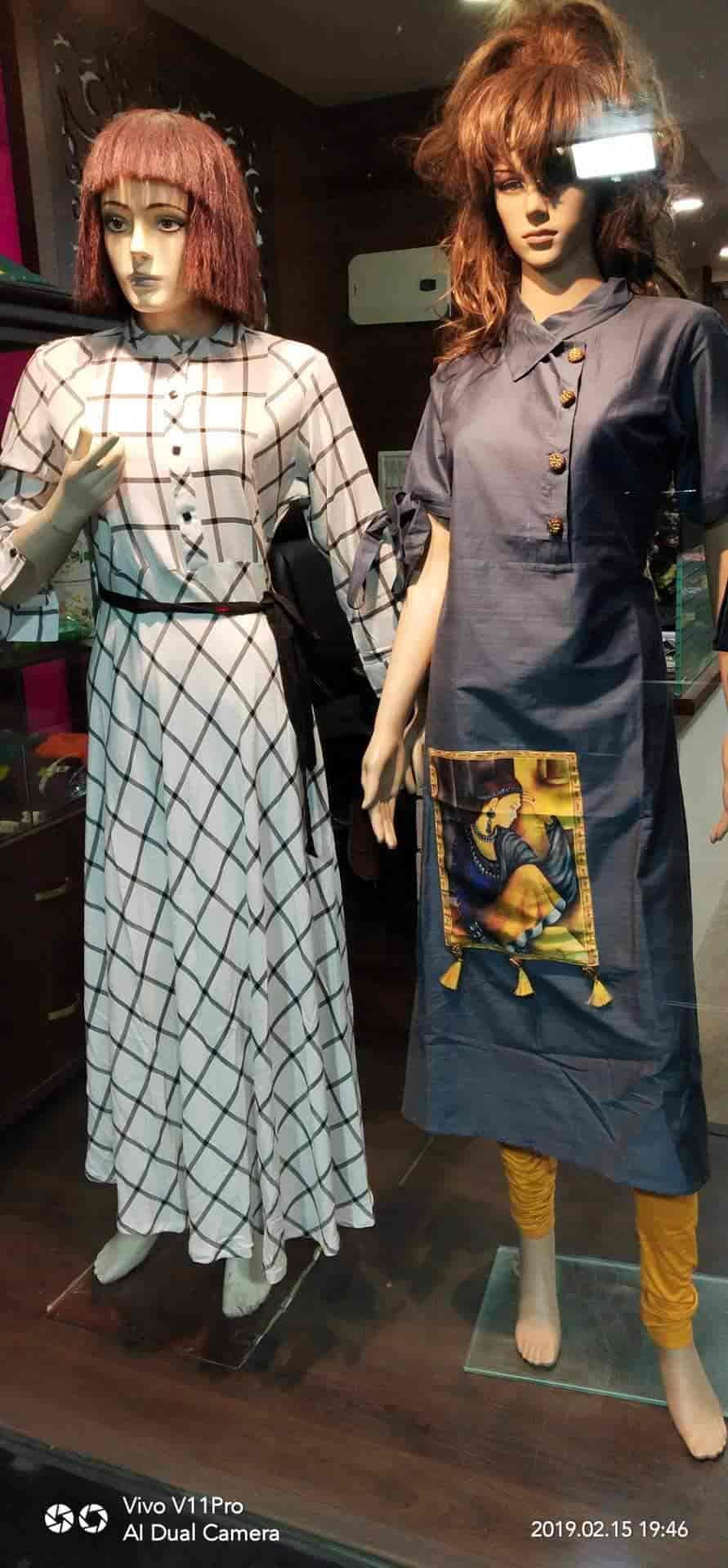 Pastels Designer Studio Ghoddod Road Readymade Garment Retailers In Surat Justdial