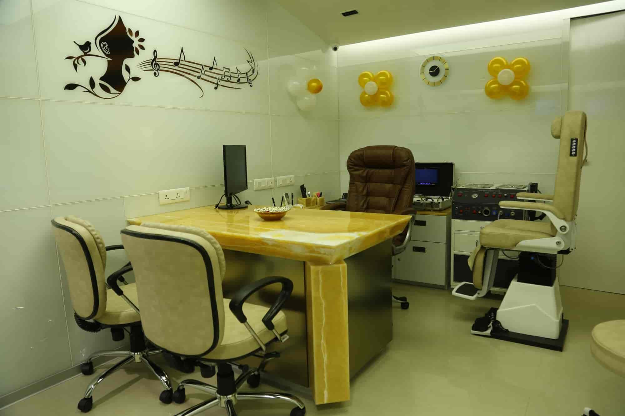 Auora ent hospital dental clinic majura gate ent doctors in surat justdial