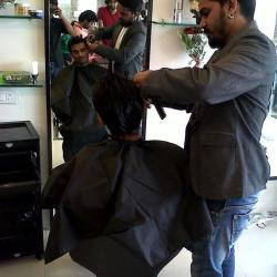 Riyaz Unisex Salon Parle Point Salons In Surat Justdial