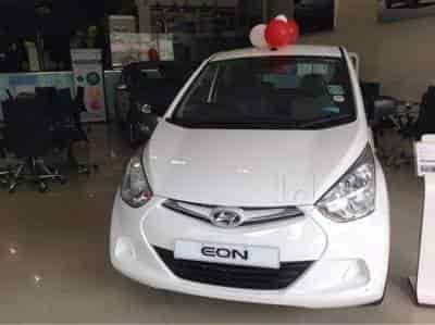 Shreenath Hyundai Showroom Manpada Thane West Sreenath