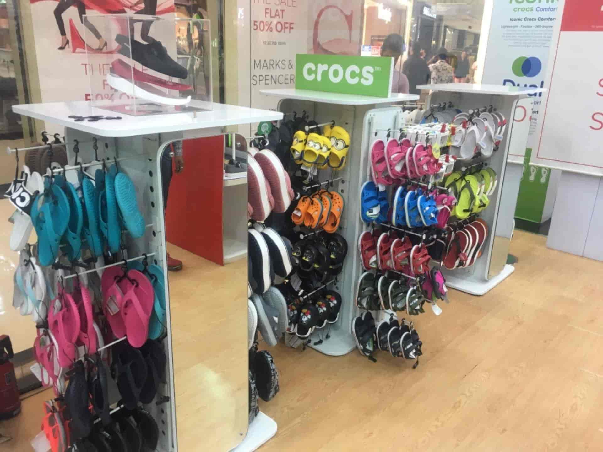 6ad5a4b6aa12 Crocs Store