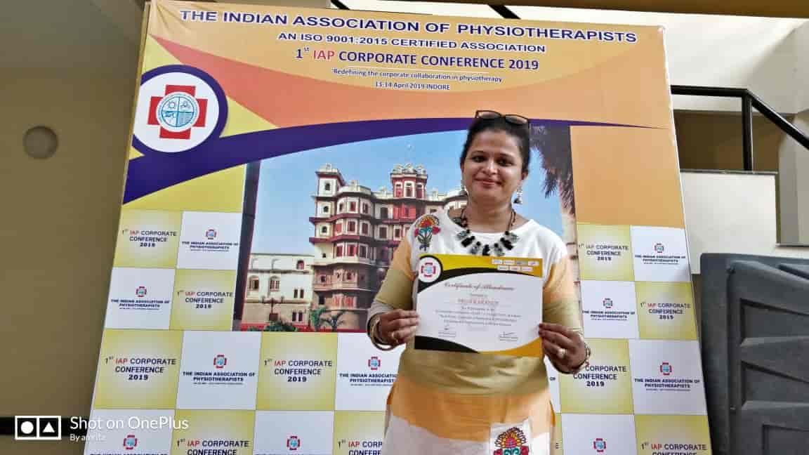 Dr  Priya Karande - Neurological Physiotherapist Doctors - Book