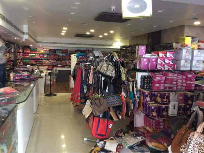 ac3f1b21abf ... Inside View Of Ladies Readymade Garment Shop - Bhavanis Ladies Fashion  Store Photos