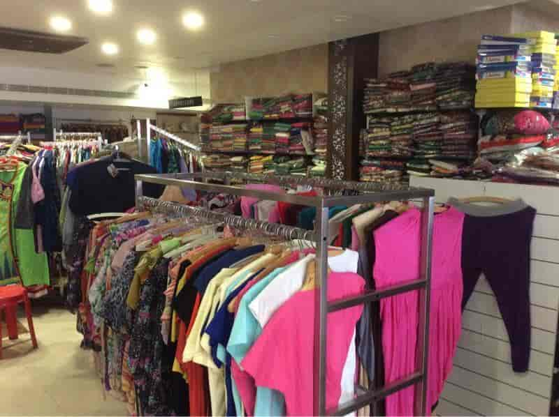 c3035996431 Bhavanis Ladies Fashion Store Photos