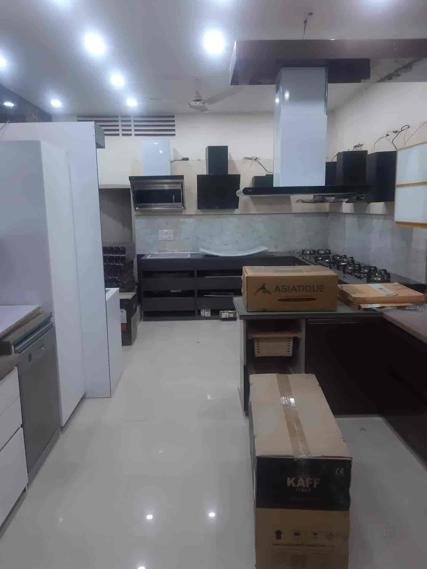 Kitchen World, Mahmoorganj - Modular Kitchen Dealers in Varanasi