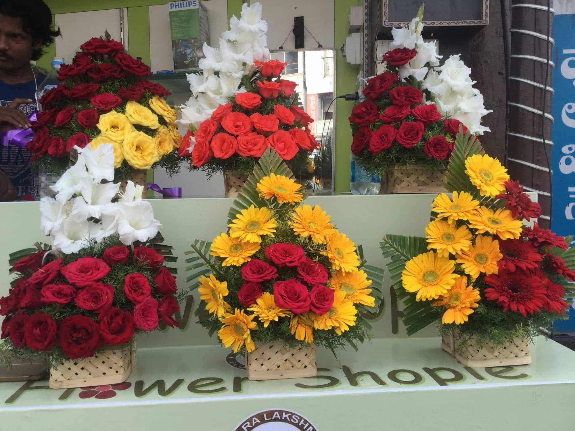 Varalakshmi Flower Shopie Photos Governerpet Vijayawada Pictures