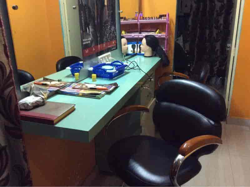 ... Inside View Of Salon - Trico Hair And Beauty Unisex Saloon Photos, Bhavanipuram, Vijayawada ...