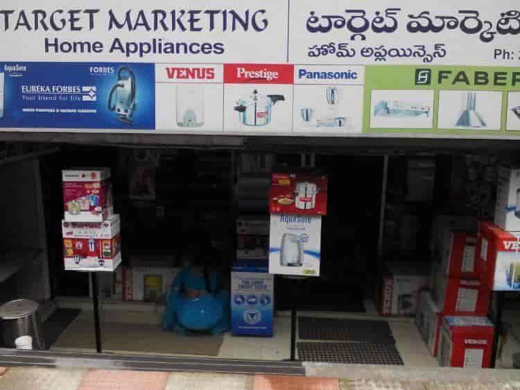 vacuum cleaner target market