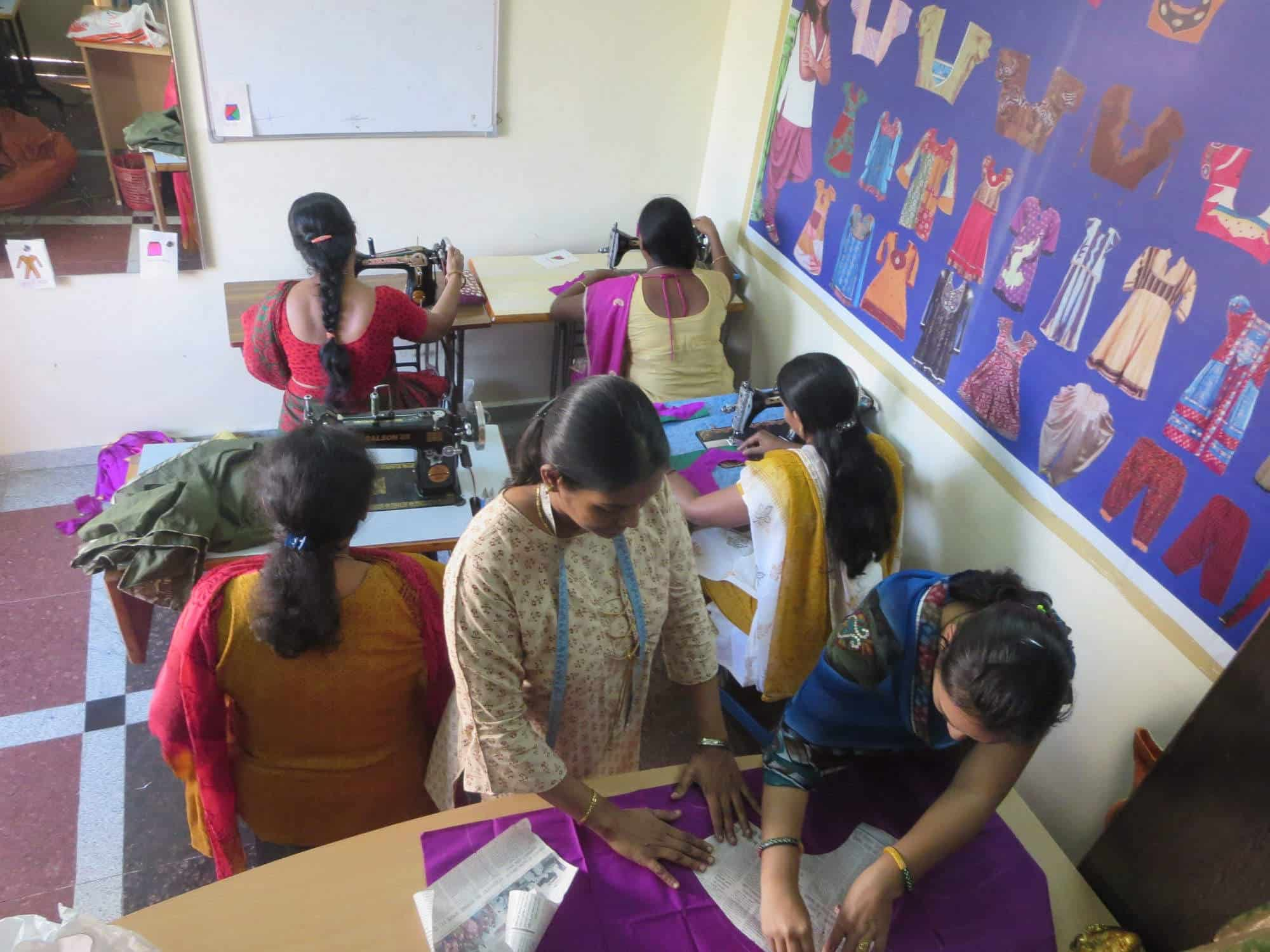 Anjalis Fashion Designing Institute Closed Down In Seethammadhara Visakhapatnam Justdial