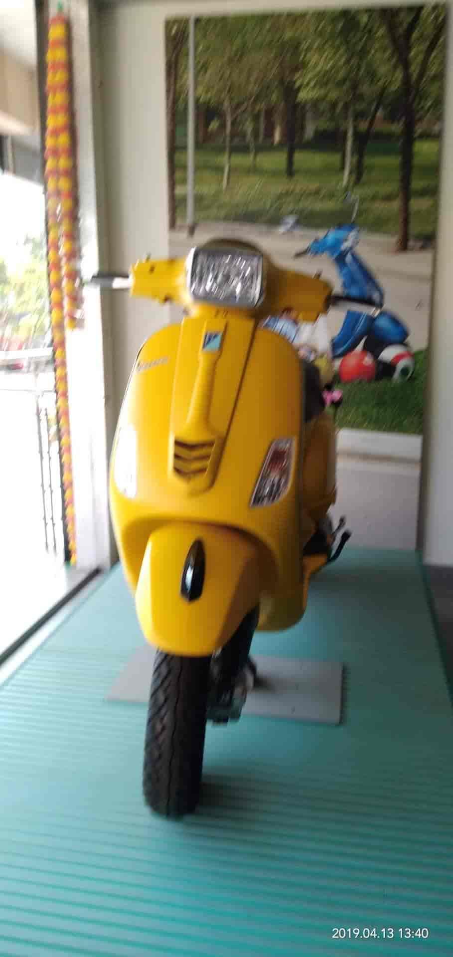 Ora Moters Pvt  Ltd , Akkayyapalem - Scooter Dealers-Vespa