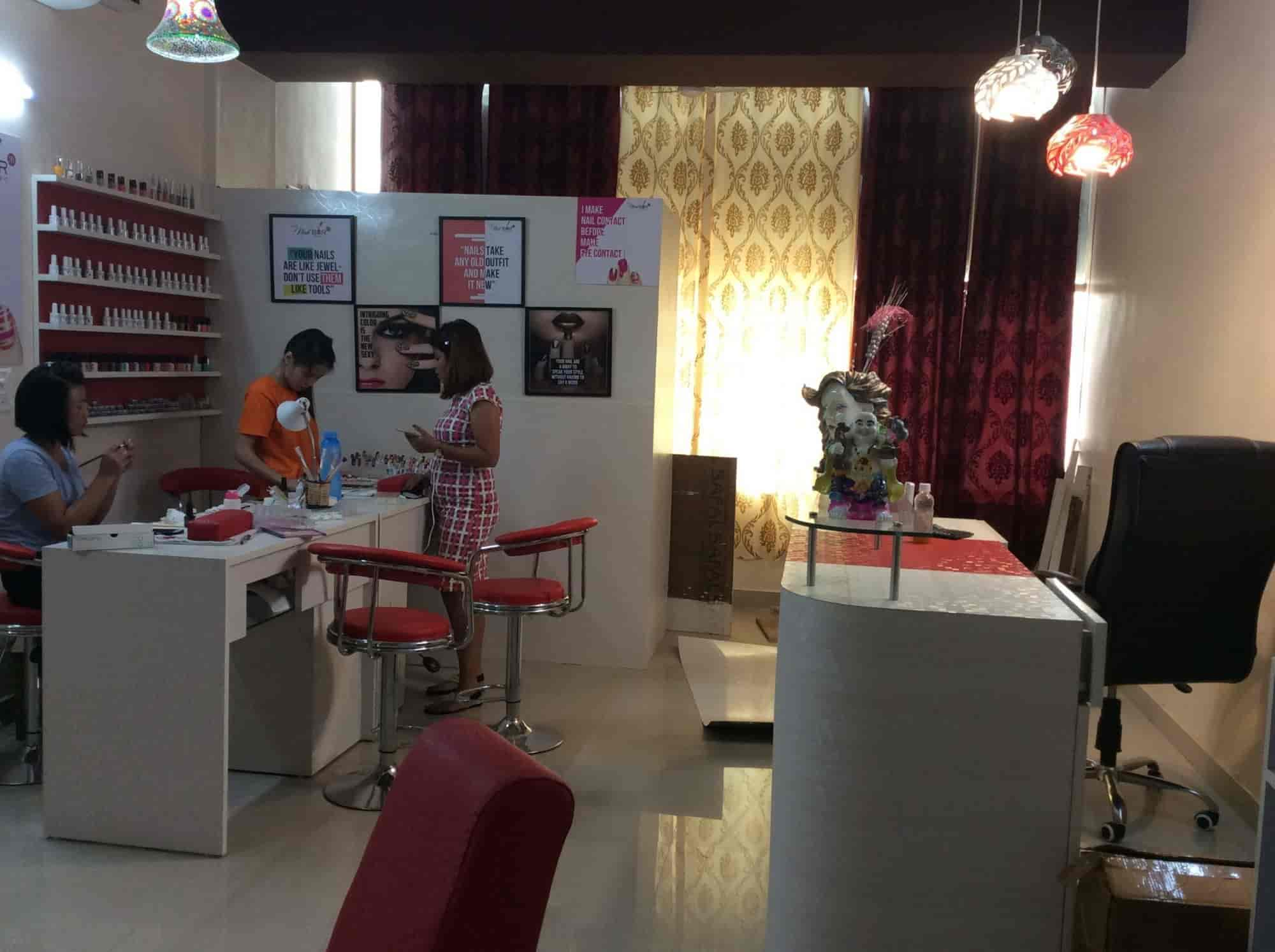 The Nail Bar Photos, Zirakpur Ho, Chandigarh- Pictures & Images